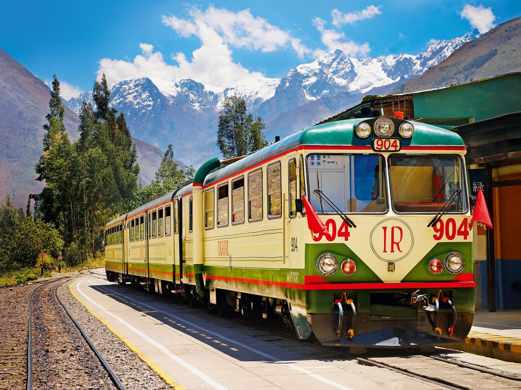 Inca-Rail-Executive-Train