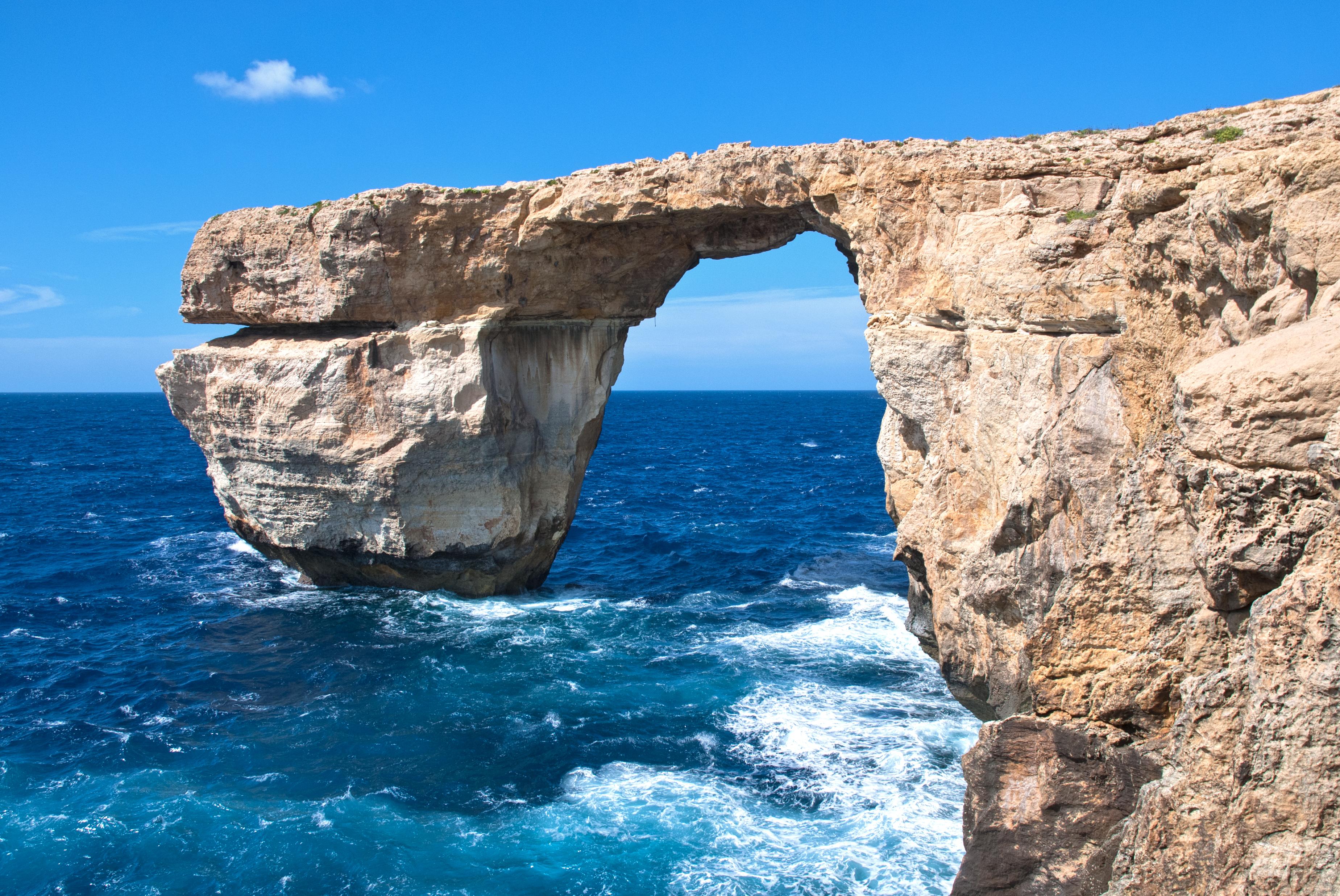 Malta_Gozo,_Azure_Window_(10264176345).jpg